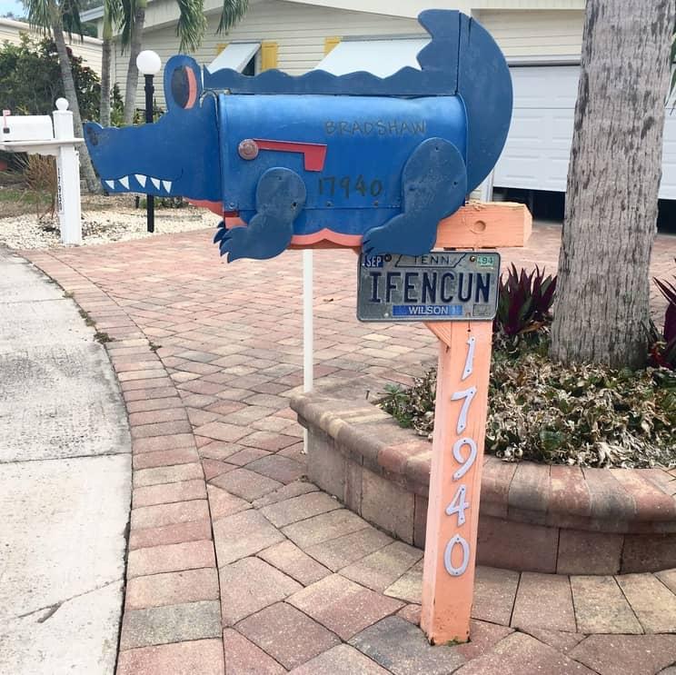 Blue Alligator Mailbox