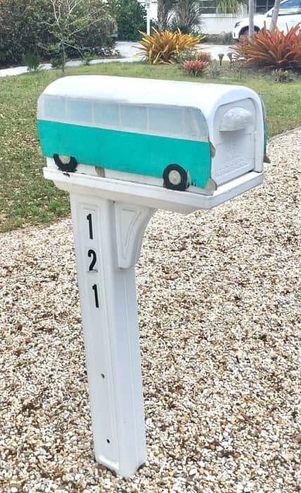 Volkswagen Mailbox