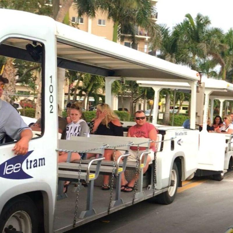 Free open-air tram