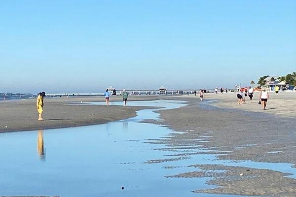 Fort Myer Beach Pier in Distance